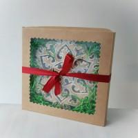 Пряник снежинка в подарочной упаковке